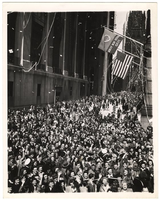 On this day in 1945, crowds gathered to celebrate Victory in Europe Day! Weegee was in New York City to capture the festivities.  📷  Weegee, May 1945