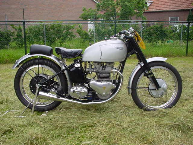 1000 images about triumph t100 500 on pinterest flat tracker auction and tiger cubs. Black Bedroom Furniture Sets. Home Design Ideas