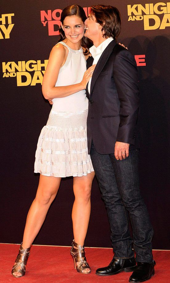 Katie Holmes Hangs On The Tom Cruise's Arm At The Premiere Of 'Knight And Day' In A Azzedine Alaia Dress, 2010
