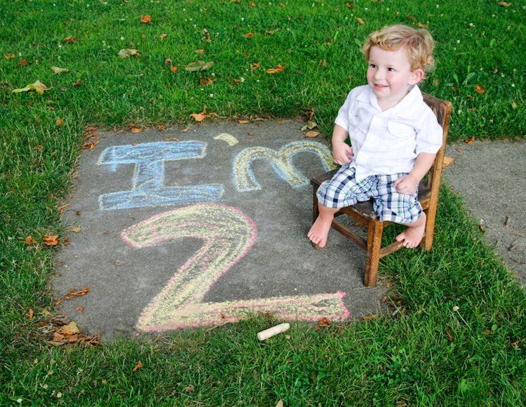 Cute ideas for second birthday photos