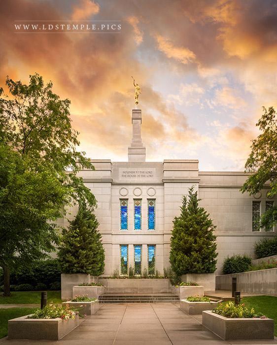 Winter Quarters Nebraska Temple Windows | LDS Temple Photography