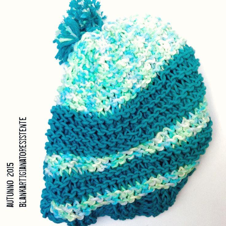 Berretto con doppio pon pon in caldo cotone : Cappelli, berretti di blanka-artigianatoresistente