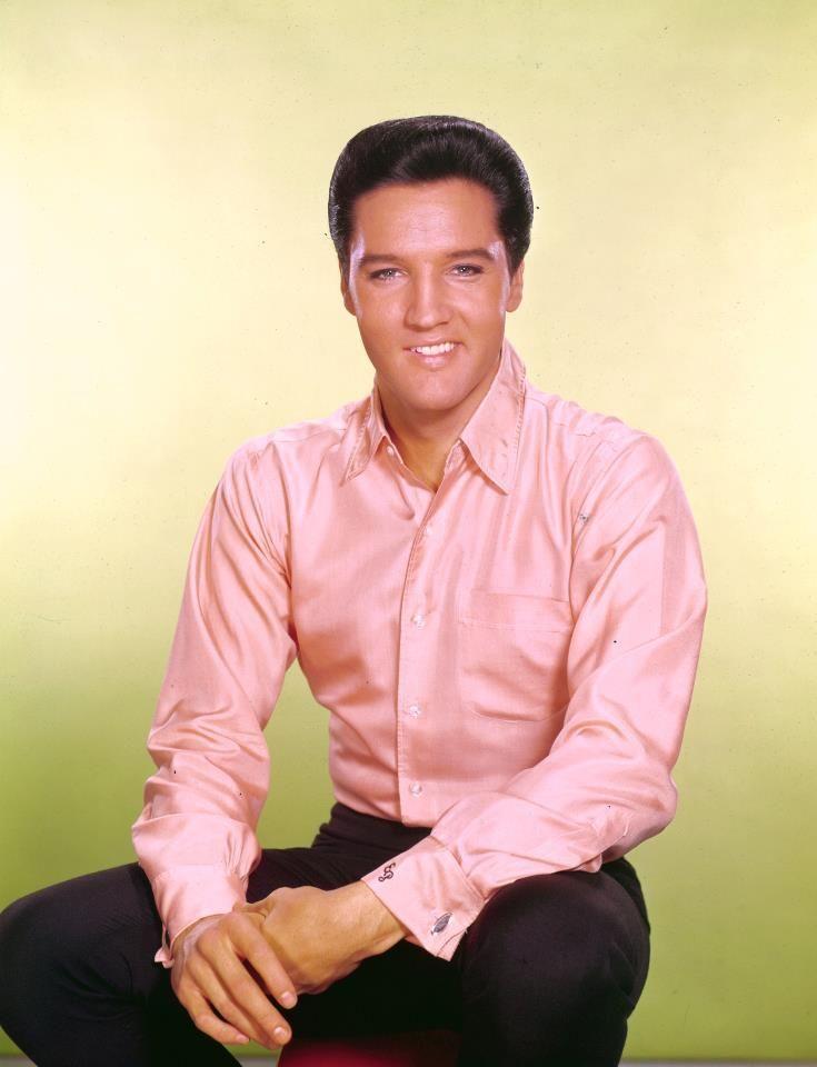 VIVA LAS VEGAS  Promotional photo of Elvis Presley in a monogrammed shirt, 1963     <3