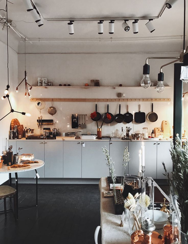 1000 ideas about cafe kitchen decor on pinterest coffee for Cafe themed kitchen ideas