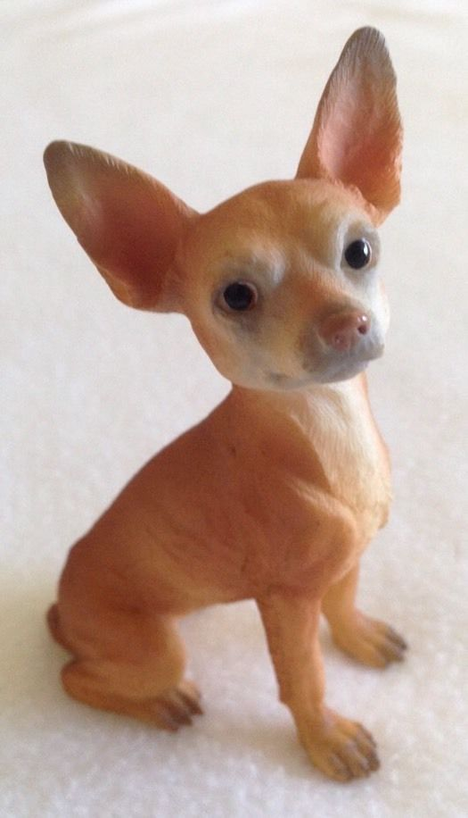 """CHIHUAHUA FIGURINE 3.5"""" - NEW IN BOX - WORLD OF DOGS COLLECTION - 1999 in Collectibles, Animals, Dogs 