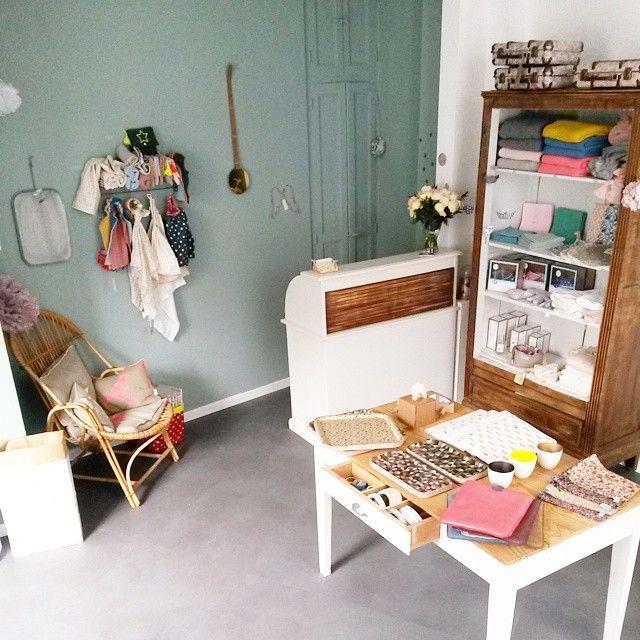 meuble flamant occasion elegant mridienne de luxe with meuble flamant occasion affordable. Black Bedroom Furniture Sets. Home Design Ideas
