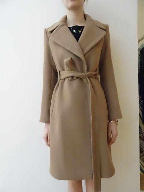 Manteau femme H14 Diane Von Furstenberg Disponible dans la boutique algorithme la loggia Strasbourg (paiement à distance et envoi possible)