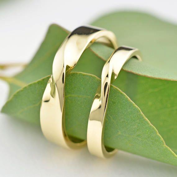 14K Gold Wedding Ring Set, Twisted Wedding Ring Set, Mobius Twist Rings