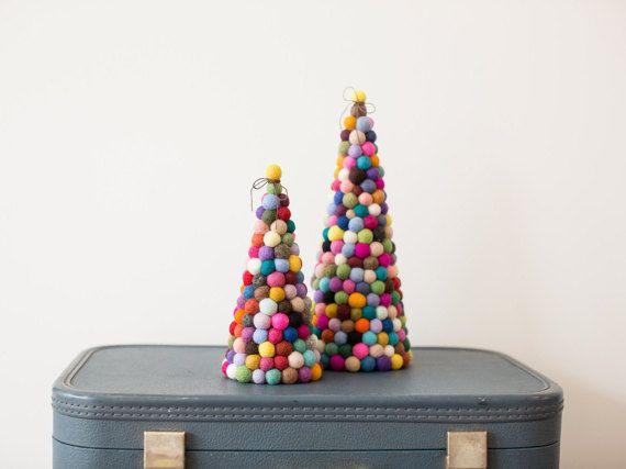 25 Unique Modern Christmas Trees Ideas On Pinterest