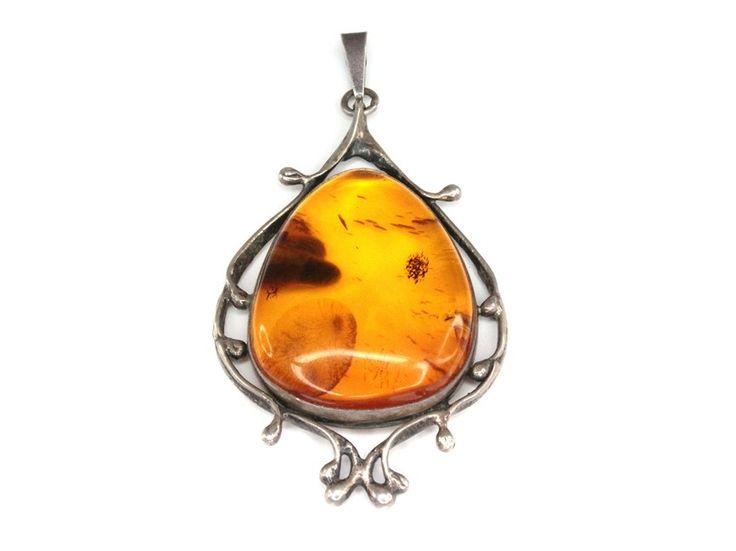 Pandant chihlimbar natural si argint / Pendant, amber and silver