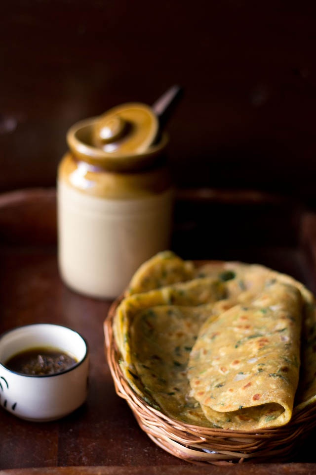 methi missi roti - traditional north indian flat bread made with whole wheat flour, gram flour and fresh fenugreek leaves.