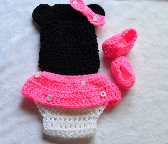 Free Crochet Pattern For Baby Minnie Mouse Outfit : Mickey Mouse Crochet Baby Pattern Outfits For Free Joy ...