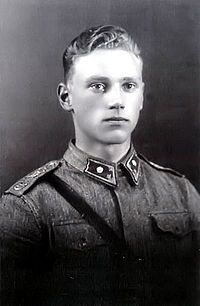 Captain in the finnish army Lauri Törni/ Larry A. Thorne. *Birthday 28 May (1919)* http://en.wikipedia.org/wiki/Lauri_T%C3%B6rni