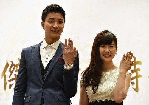 福原愛選手、台湾でも結婚報告会見