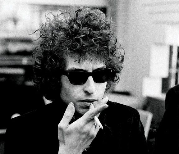 Bob Dylan Is Getting Sued For 'Racism' - No Army Can Stop An Idea