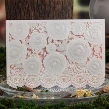 Laser Cut Invitaciones de Boda Hollow Flores Favores de la Fiesta de Cumpleaños de Compromiso CW5118 Personalizable(China (Mainland))