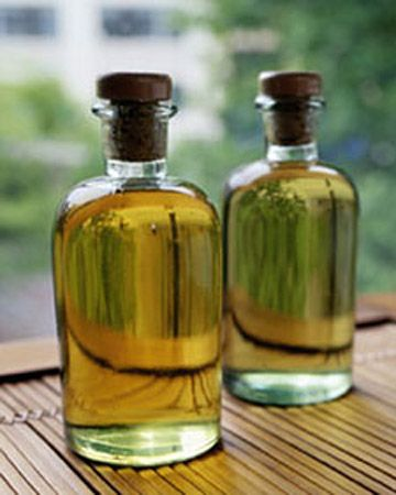 Essential Oils    Coaxed from leaves, roots, tree bark, fruit peels, or flower petals, essential oils make lovely homemade gifts that carry a plant's very life force.