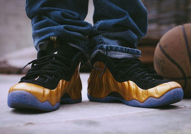 Gold Foamposites - http://www.basket4ballers.com/sneakers-nike/5726-nike-air-foamposite-one-gold-314996-700.html
