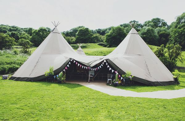 Wedding teepee- this would be so awesome!