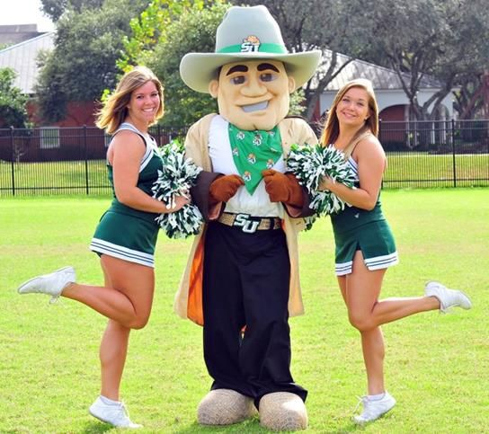 5 Tips to Improve Your Mascot Cheerleading!