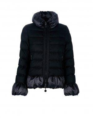 MONCLER S MAKORI  Légère et agréable à porter, cette veste matelassée Moncler est parfaitement adaptée à l'automne et au printemps.   €329, Jusqu'à -71%  Acheter maintenant: http://www.monclerfr.com/doudoune-noir-femme.html