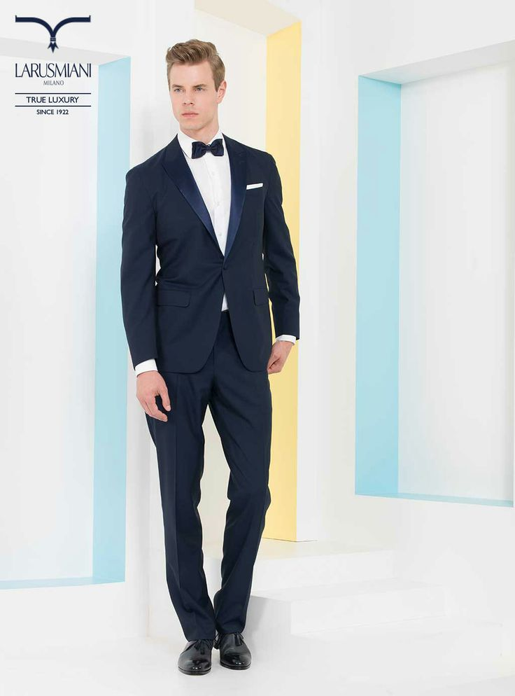 Cashmere handmade suit - Handmade cotton shirt - Handmade seven-fold silk tie - Handmade leather shoes with ray skin detail #SS2014 #fashion #style #menswear #luxury #larusmiani www.larusmiani.it