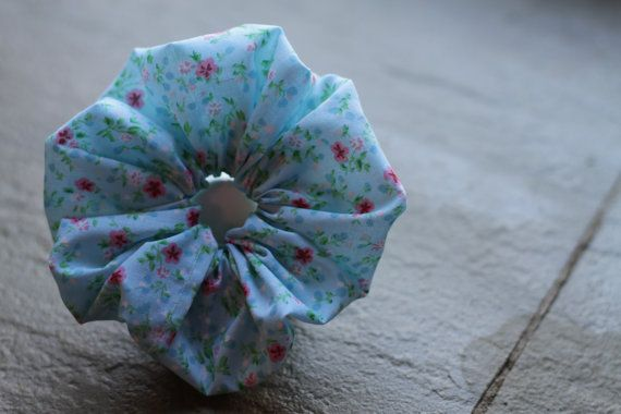 Summer Flower Scrunchie by Rusticmintx on Etsy
