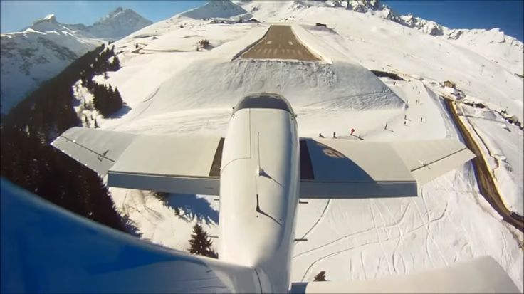 (Video) Aterizarea pe altiportul Courchevel (LFLJ) filmată de pe avion