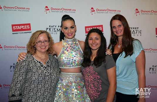 Meet&Greet before the Palace Of Alburn Hills in Alburn Hills, USA - 08.11 [HQ] - 020628072 - Katy Perry Brasil Photo Gallery