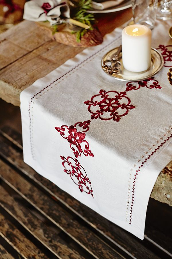 Embroidered Table Runner Holiday Inspiration Pinterest