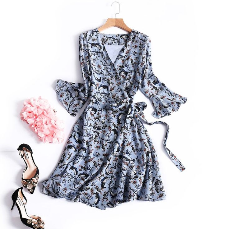 Silk dresses women 2017 flare sleeve V-neck high quality zomer jurk Bohemia belt dress floral print vestido