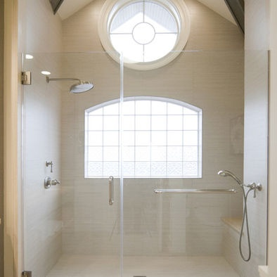 Double shower with seat and windows