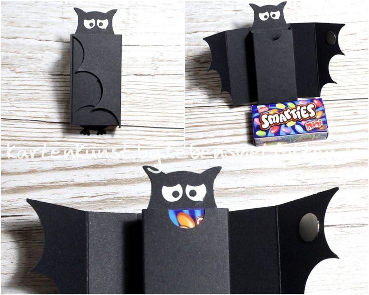 Smarties - Verpackung als Fledermaus  gemacht aus Produkten u.a. von  Stampin' Up!   (Eulenstanze, Kreisstanze, Farbkarton Schwarz - Owl Punch, Circle Punch, Cardstock Black)