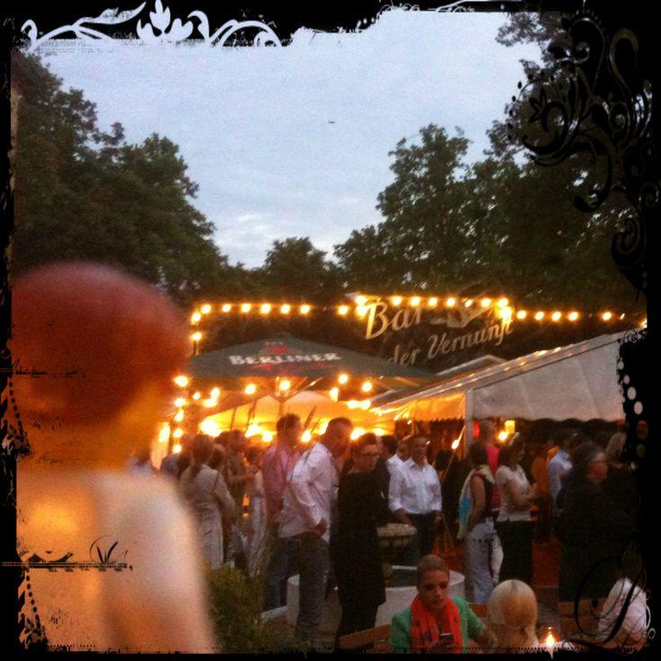 Désirée Nick in der Bar jeder Vernunft in Berlin