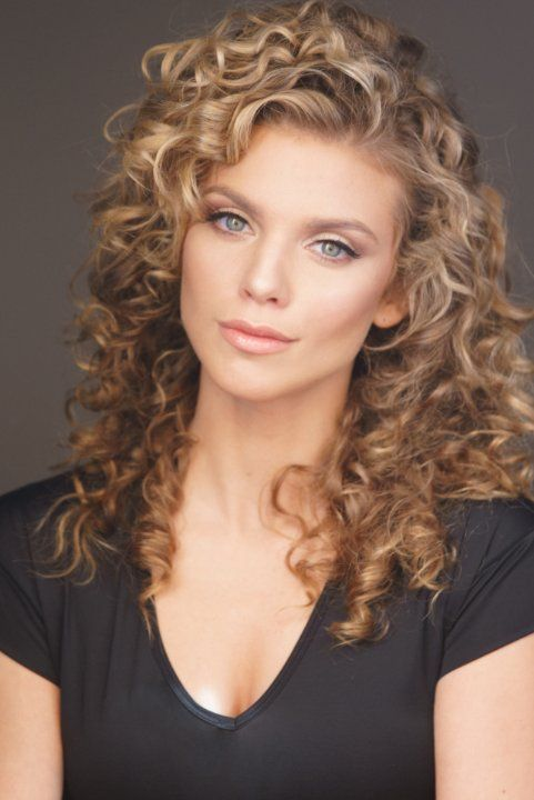 I'd die for this hair! (well, metaphorically, of course)  AnnaLynne McCord - Photo by www.imwphotography.com