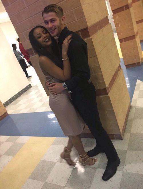 "blackgirls-love-whiteboys: ""Cute couple """