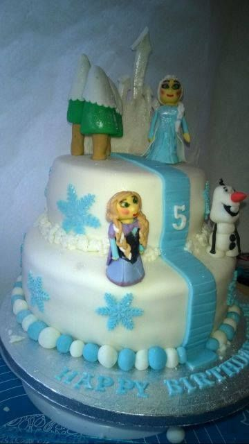 Frozen Cake with Elsa, Anna and Olaf for a 5th birthday girl xxx