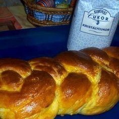 Egy finom Húsvéti fonott kalács ebédre vagy vacsorára? Húsvéti fonott kalács Receptek a Mindmegette.hu Recept gyűjteményében!