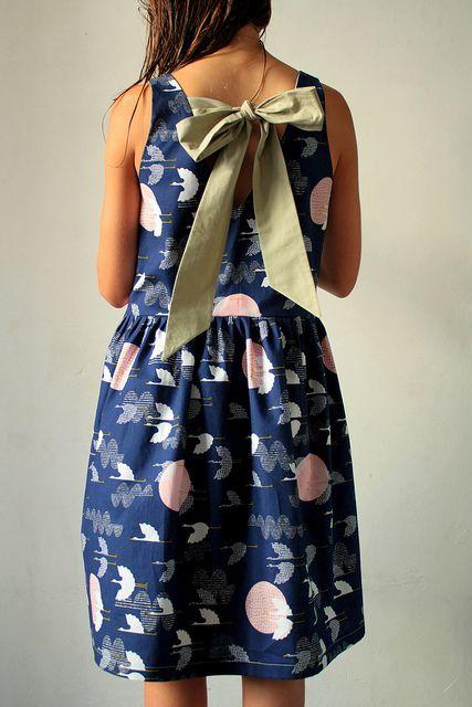 Gorgeous dress by spiegel aan de wand in Rashida Coleman-Hale for Cloud9 fabric.