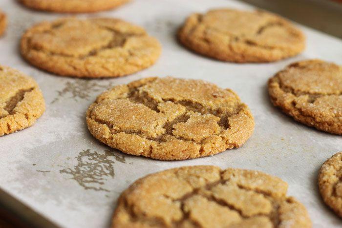 Chewy brown sugar ginger cookiesCookies Monsters, Sugar Cookies, Gingers Cookies, Brown Sugar, Chewy Gingers, Sugar Gingers, Ginger Cookies, Food Cookies, Chewy Brown
