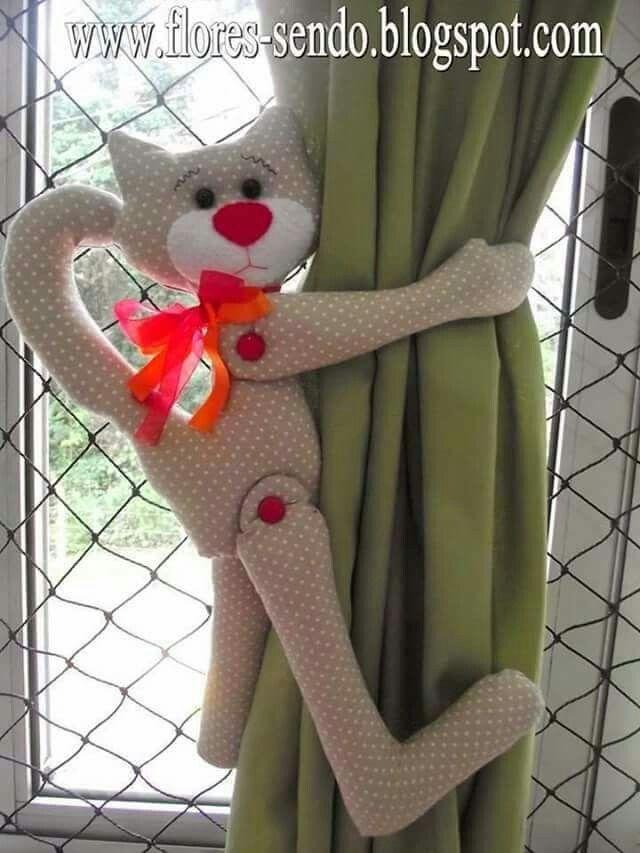 Prendedor de cortina gato