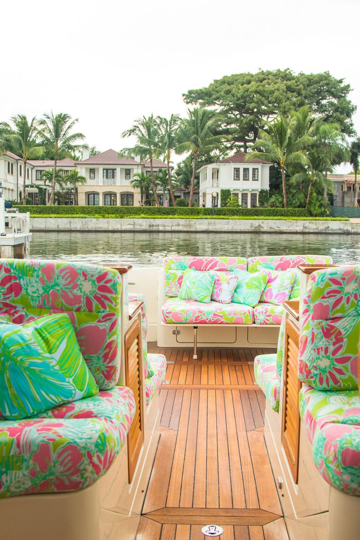 Everything You Need to Know About the Custom Lilly Pulitzer x Barton   Gray  Hinckley Yacht. 2325 best LILLY PULITZER images on Pinterest