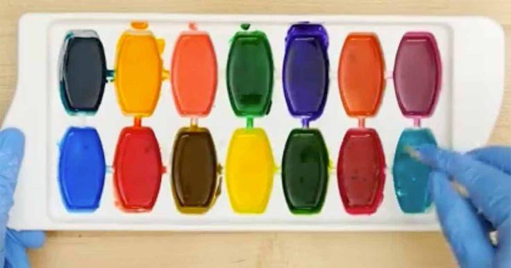 Så här enkelt gör du egna vattenfärger hemma med bara 5 ingredienser.