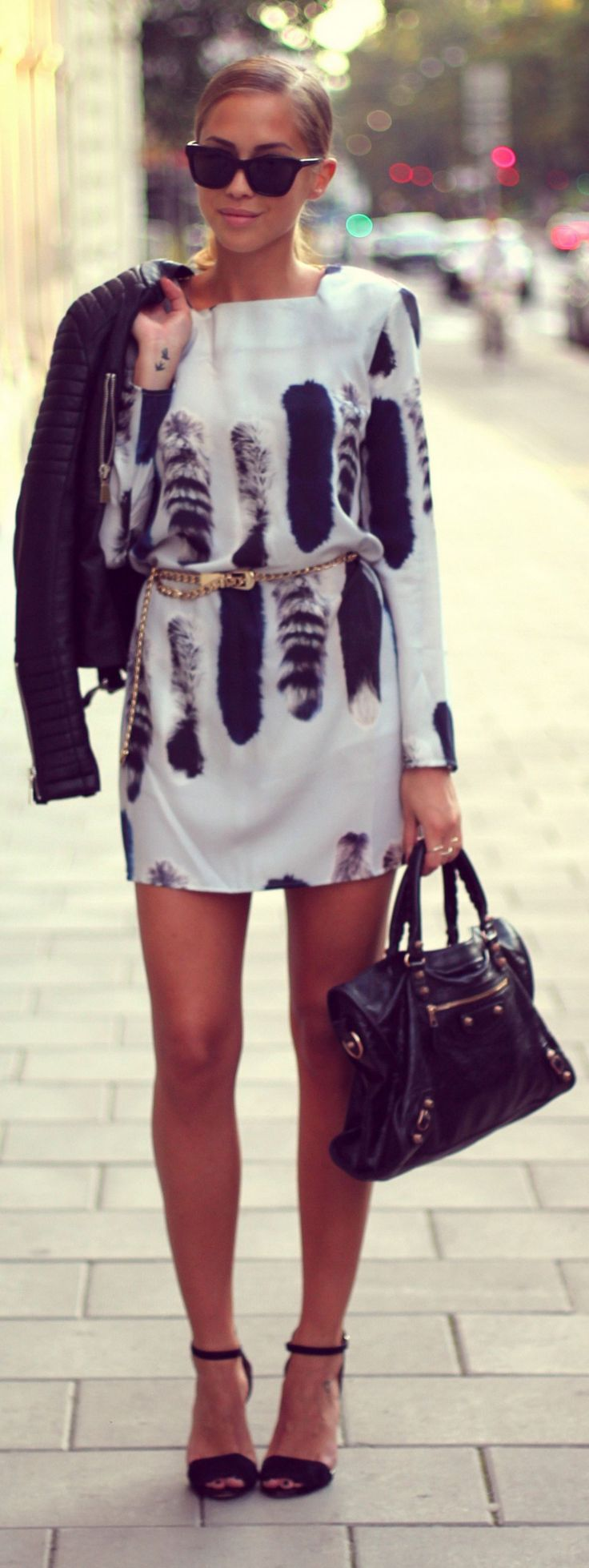 black and white fashion. love the print!