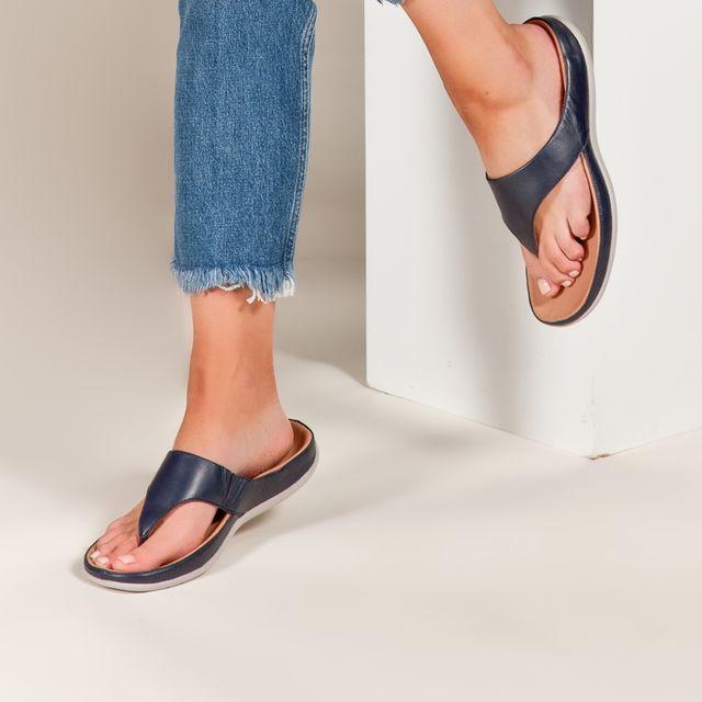 Maui Navy Navy Women Flip Flop Sandals Leather Heels