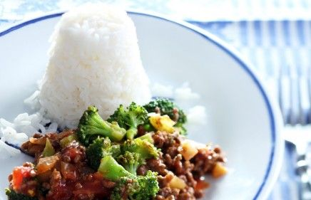 recept beeld: Rundergehakt met broccoli en witte rijst