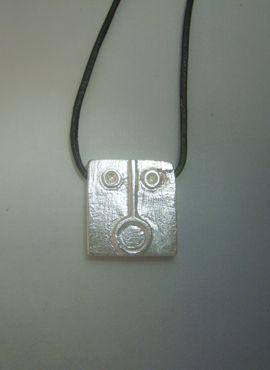 talismanes amuletos y símbolos | colgante kin sol maya sello Ahau