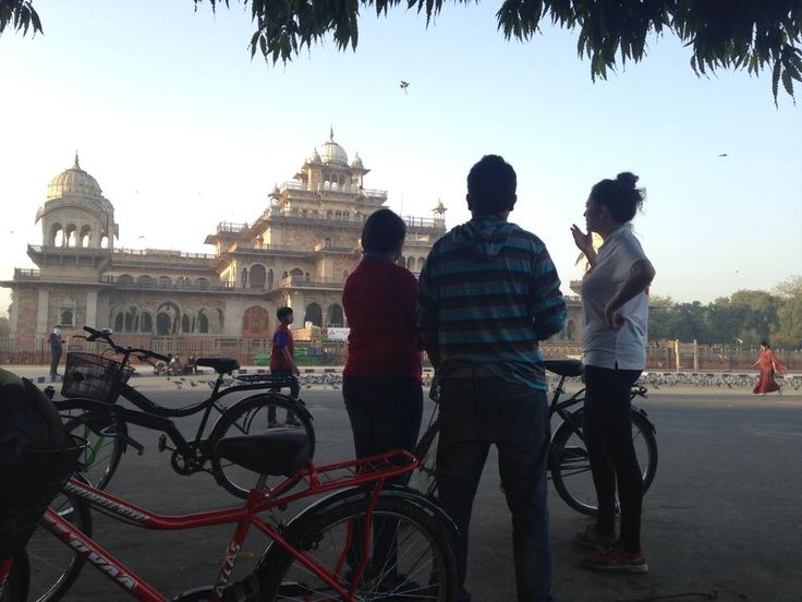 Explore the Pink City of Jaipur on a Cycle Tour | Padhaaro