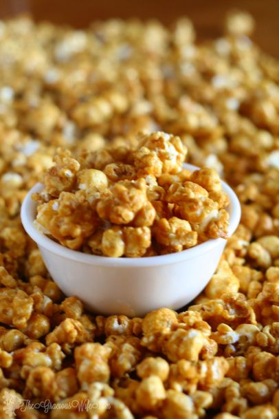 Easy Homemade Caramel Corn Recipe - a delicious sweet snack. Great for kids or even for a party! From TheGraciousWife.com