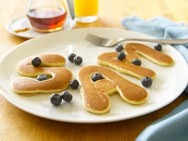 Easy Alphabet Pancakes to make kids names for their birthday breakfast